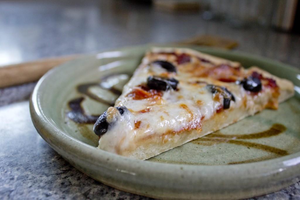 tomato paste blog post pizza picture